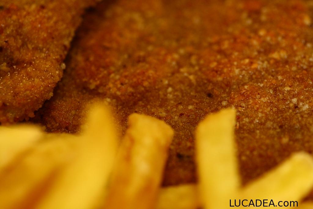 cotoletta e patatine macro