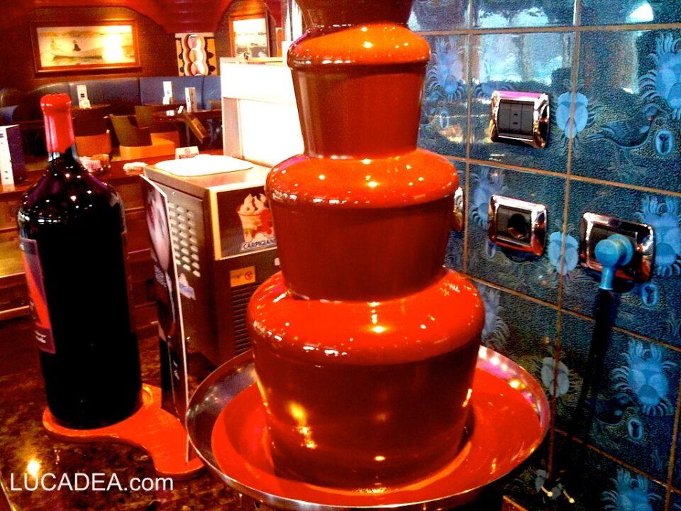 Una cascata di cioccolata