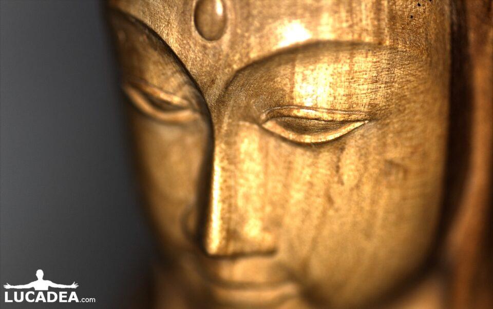statua asiatica