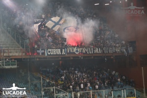 tifosi-napoletani-a-Genova-1