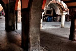Archi-e-colonne-a-Chiavari