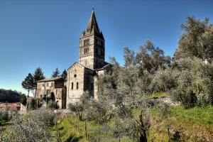 Basilica-dei-Fieschi-04