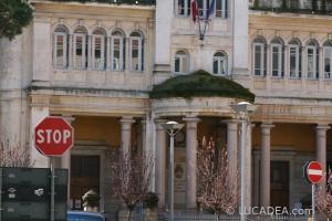 scuola piazza della repubblica