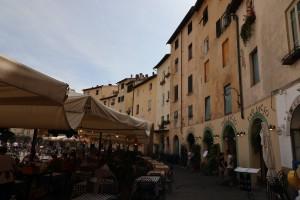 Lucca-95