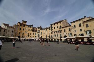 Lucca-99