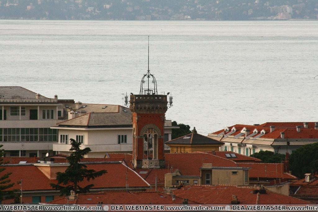 La torre della biblioteca di Sestri