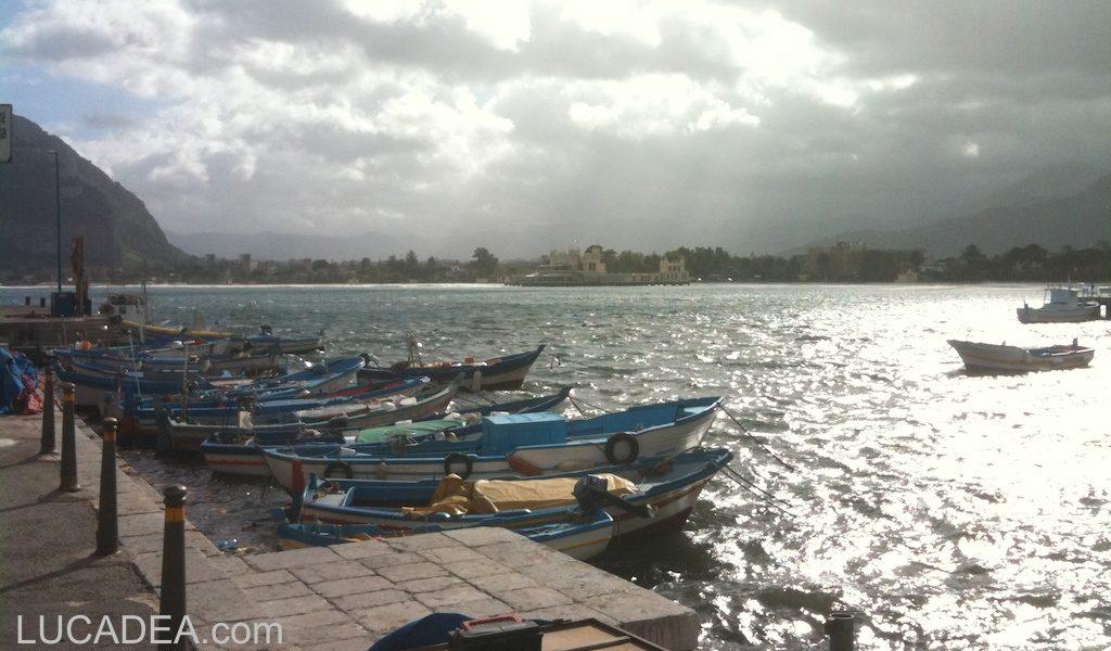 Il mare vicino a Palermo