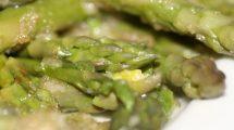 Asparagi verdi (foto)