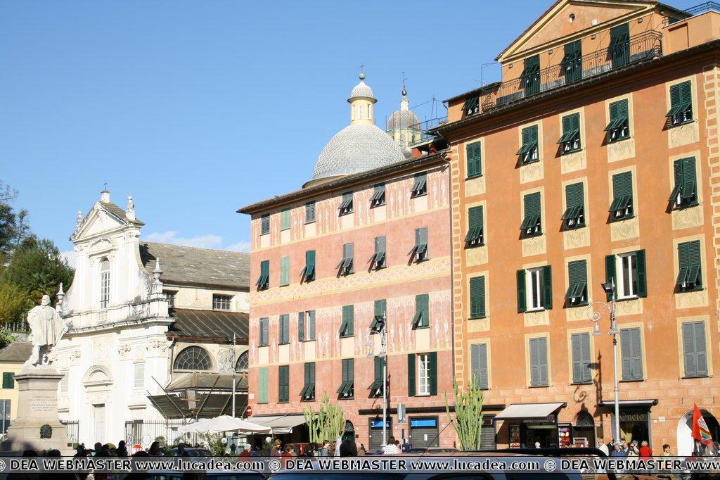 Palazzi di piazza Giacomo Matteotti a Chiavari