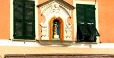 Madonnina su facciata, una usanza tipica ligure