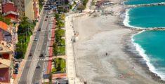 Nuove spiagge verso Sant'Anna viste dall'alto