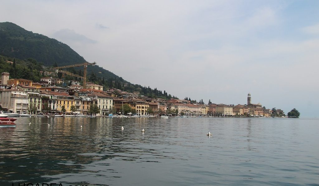 La cittadina di Salò sul Lago di Garda