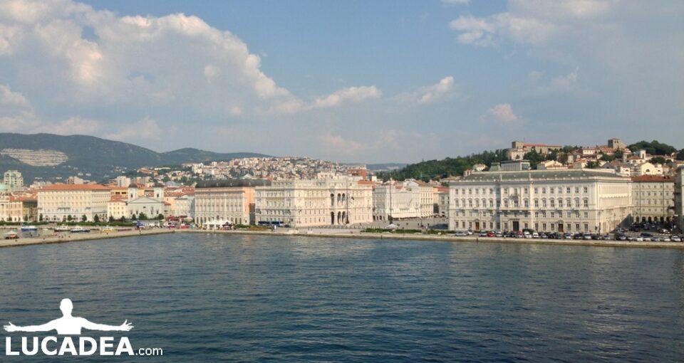 Trieste dal mare