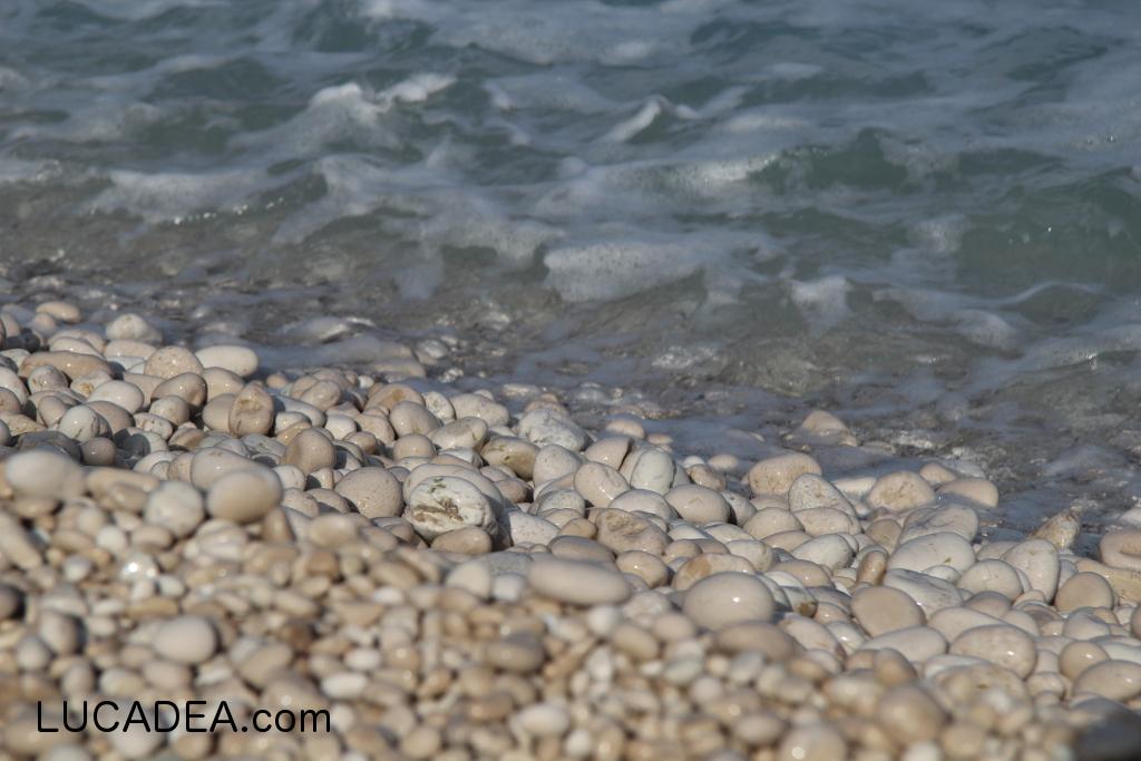 I sassolini della spiaggia di Myrtos