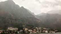 Paesaggio stile Doom a Kotor (foto)