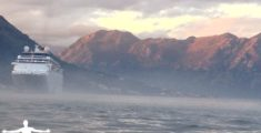 La foschia del fiordo di Kotor