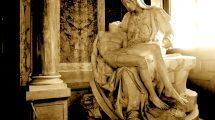 La pietà di Michelangelo (foto)