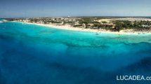 Mare e spiaggia a Grand Turk