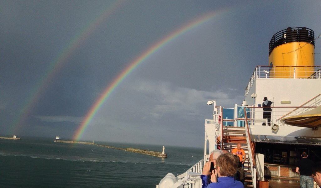 arcobaleno su luminosa