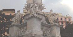 哥倫布雕像