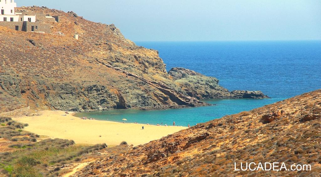 Spiagge da sogno: Fokos Beach a Mykonos