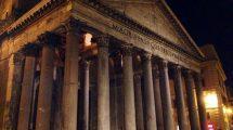 Pantheon in notturna: il tempio di tutte le divinità (foto)