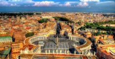 Piazza San Pietro a Roma vista dall'alto