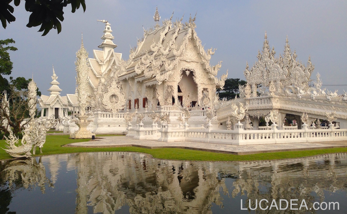 Wat Rong Khan temple
