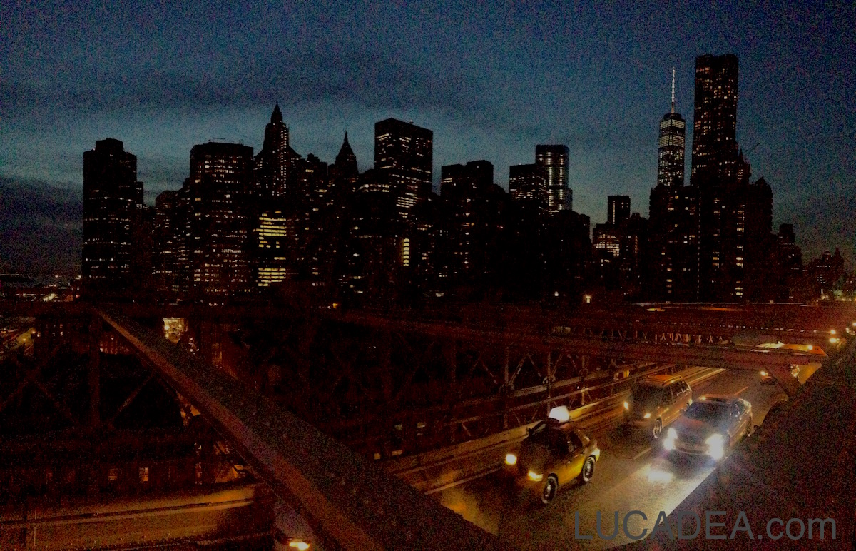 Manhattan night view (foto)