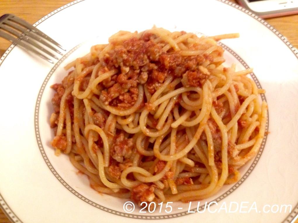 Spaghetti al ragù di manzo e pollo