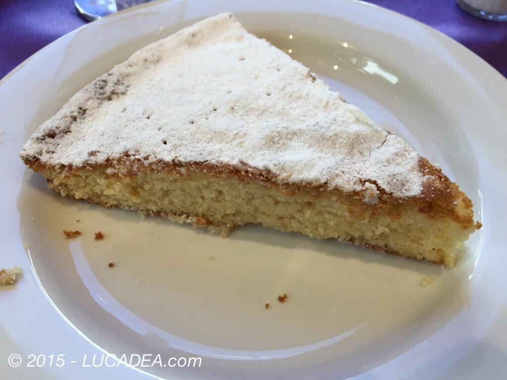 Torta di mandorle spagnola a Santiago di Compostela(foto)