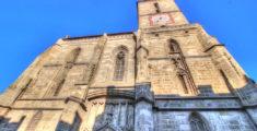 La facciata della chiesa Nera di Brasov