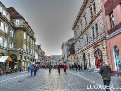 La via pedonale di Brasov