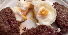 Hamburger e uova benedict: prova di un piatto (foto)