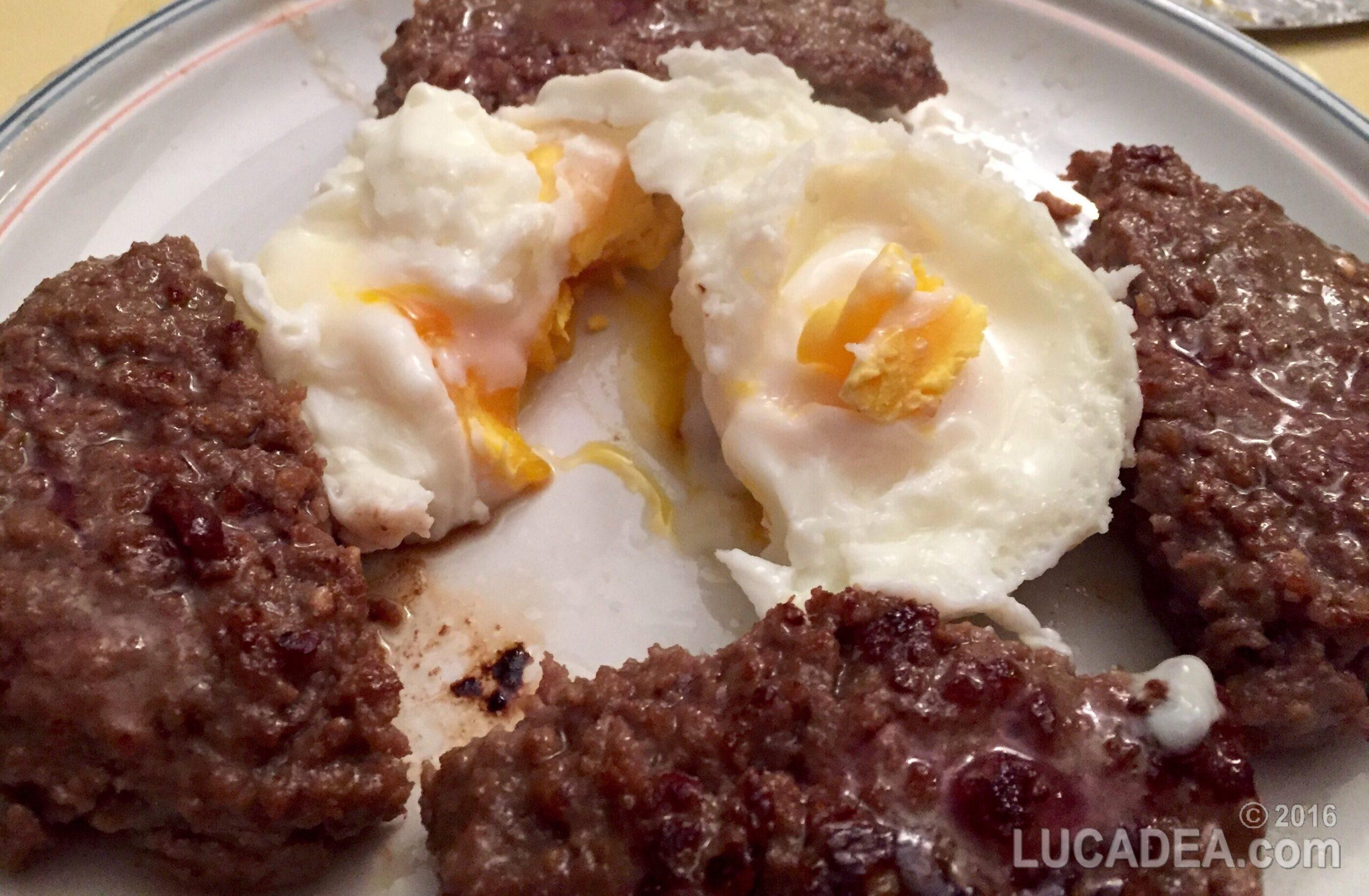 Hamburger e uova