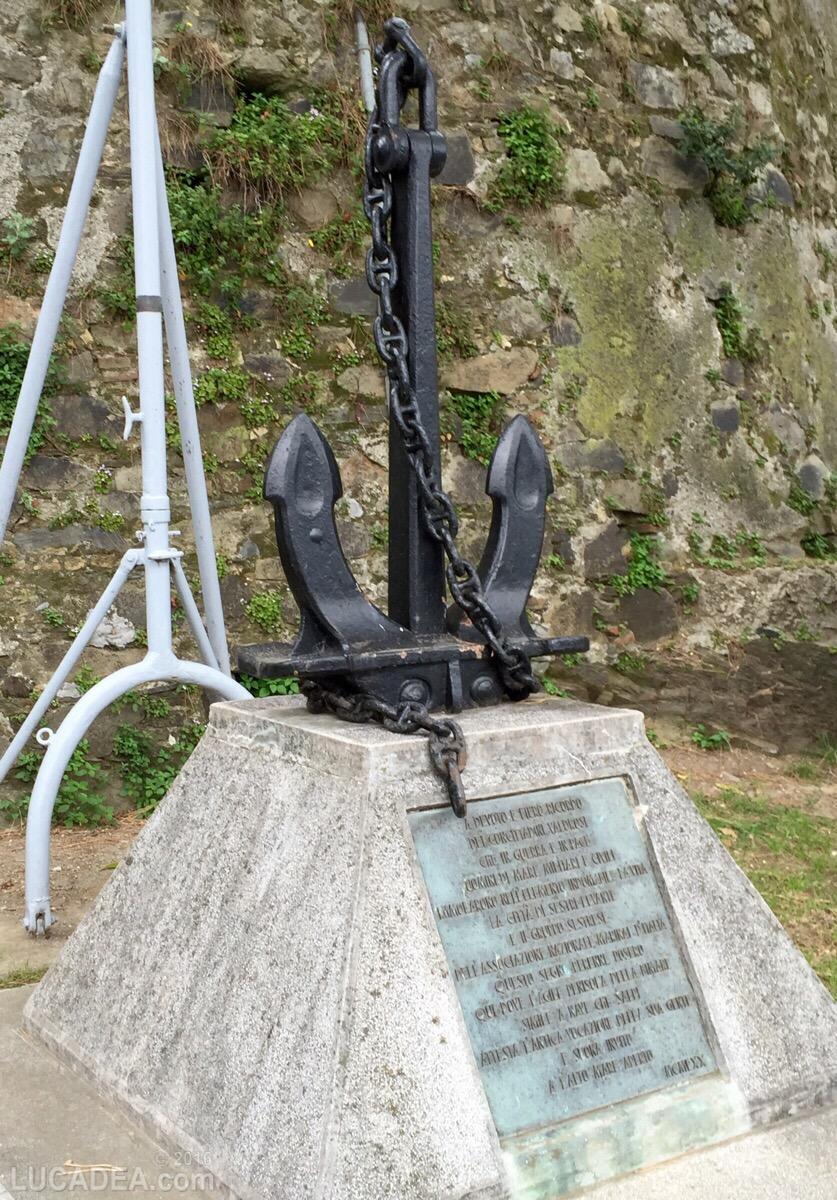 Monumento ai caduti in mare a Sestri Levante
