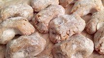 Pasta di mandorle (foto)