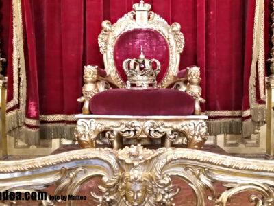trono palazzo reale genova