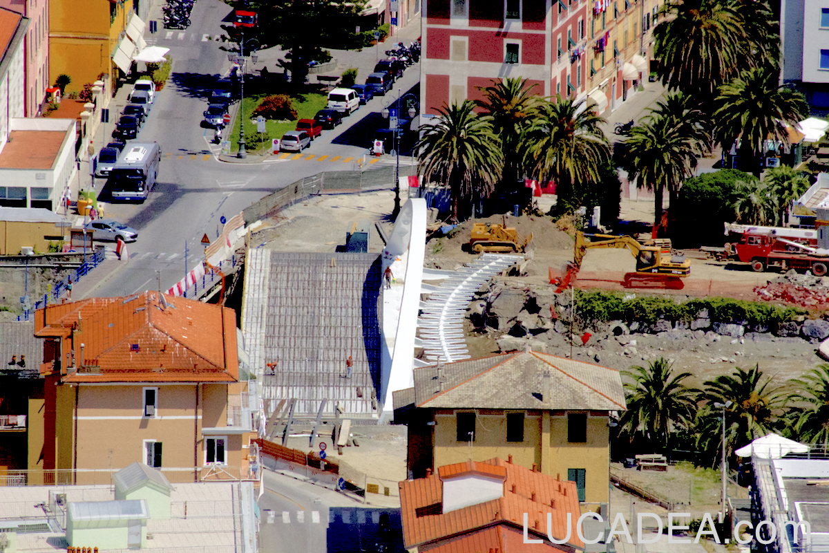 Proseguono i lavori sul nuovo ponte a Riva Trigoso