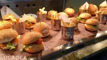 Buffet di hamburger