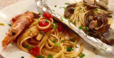 Assaggi di pasta con pesce gustati a Palermo (foto)
