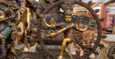 Statue di divinità indiane indù: in bronzo, osso e legno