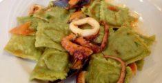 Ravioli di pesce al sugo di pesce (foto)
