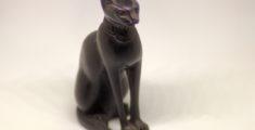 Statuetta di gatto egiziano