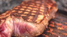 Bistecca alla griglia: al sangue o media cottura? (foto macro hdr)