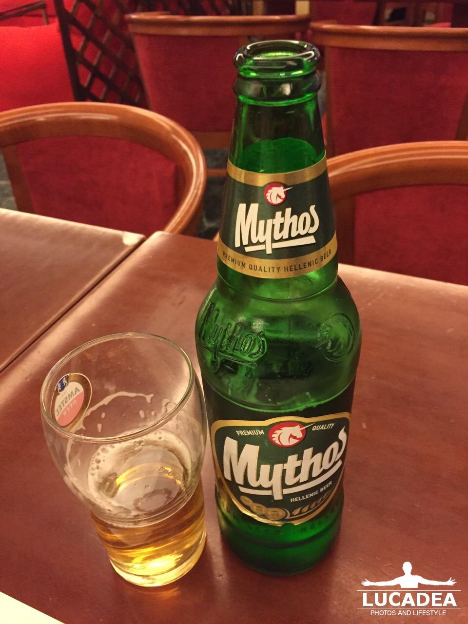 Birra Mythos: bionda greca