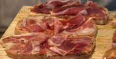 Jamon cutting: tagliare il prosciutto spagnolo (foto hdr)