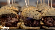 Mini hamburger a Minorca: tipi moderni di tapas (foto)