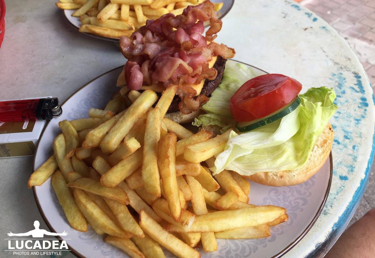 Hamburger con formaggio