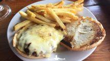 Cheeseburger in Messico: tanto formaggio squisito (foto)